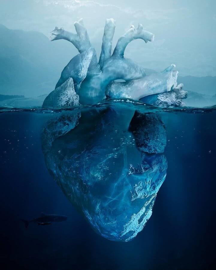 01-A-Cold-Heart-Eduardo-Valdés-Hevia-Digital-Art-www-designstack-co