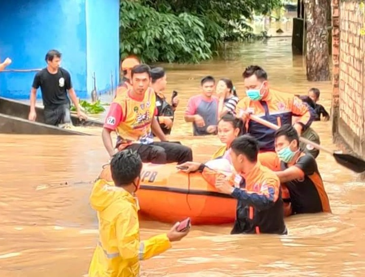 Talang Pipa residents are flooded