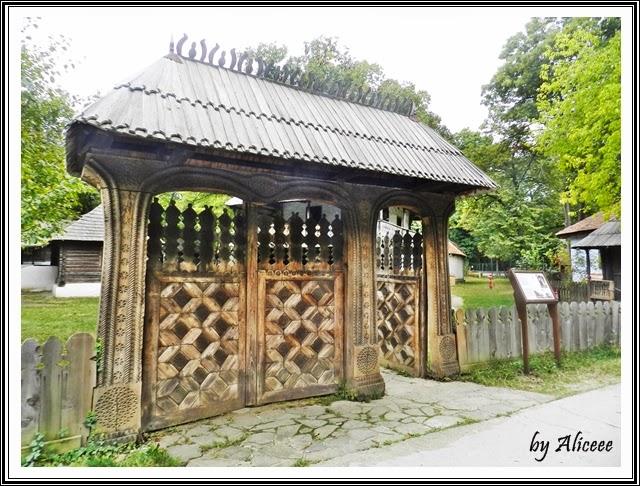 muzeul-satului-bucuresti-porti-maramuresene