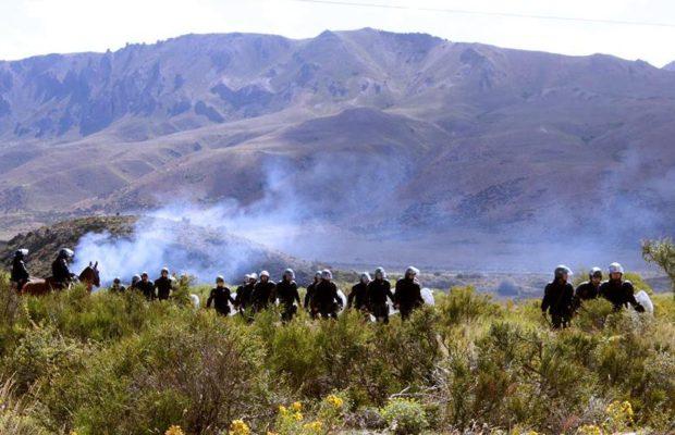 """La ministra Bullrich contra los mapuches: """"Que sepan que los vamos a detener"""""""