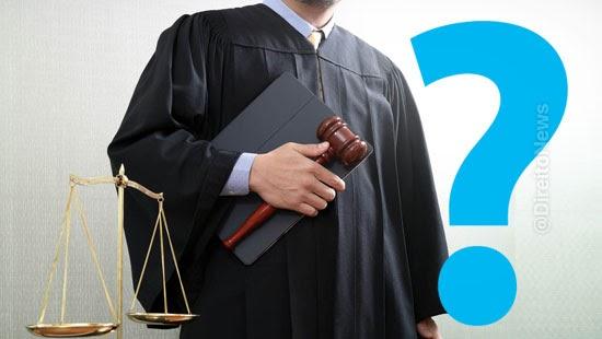 quem julga promotores justica juizes direito