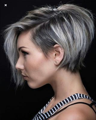 peinado cabello platino mujer mayor