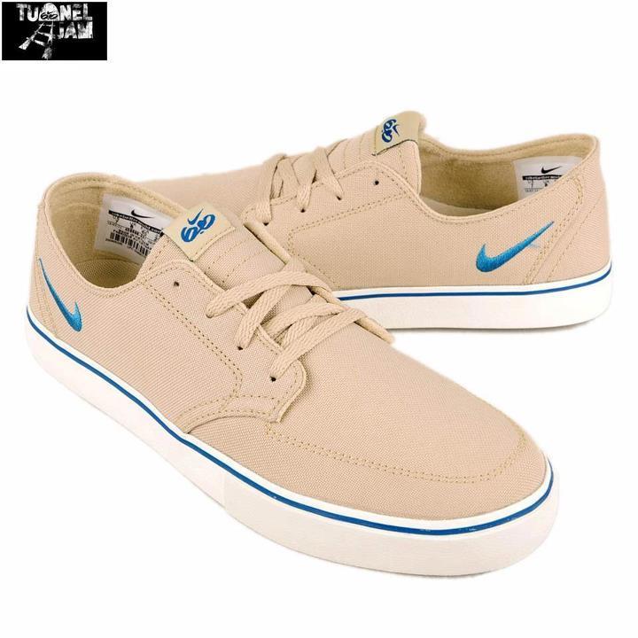 online store 010c1 e17d4 Nike Braata LR Premium