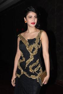 Actress Shruti Haasan Latest Pictures in Black Dress at Ritz Style Awards 2016  0001.jpg