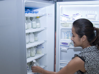 Tips Storing Breast Milk Save