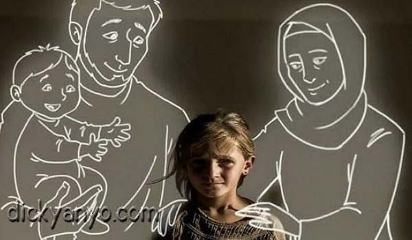 6 Foto Imajinasi Anak Yatim Piatu yang Bikin Nangis