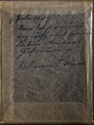Geburtstagstisch mit Geschenken - Beschriftung Pergamintasche - Glasnegativ 1930-1942