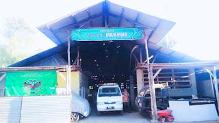 Mesin-mesin pengolahan teh hijau di pabrik Zaenx Makmur