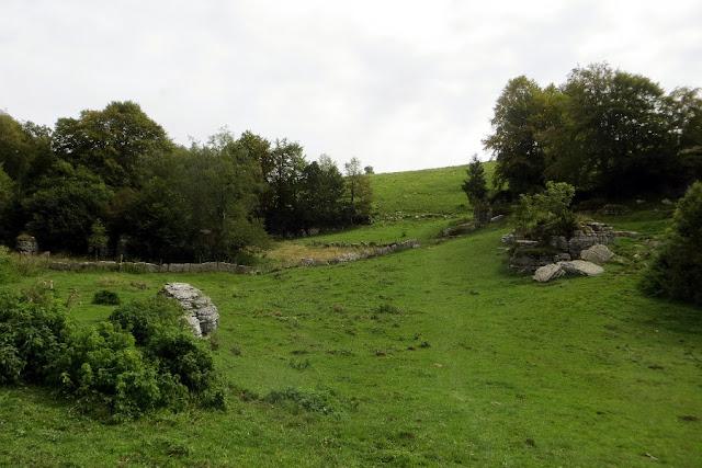 valle delle sfingi rifugio lausen