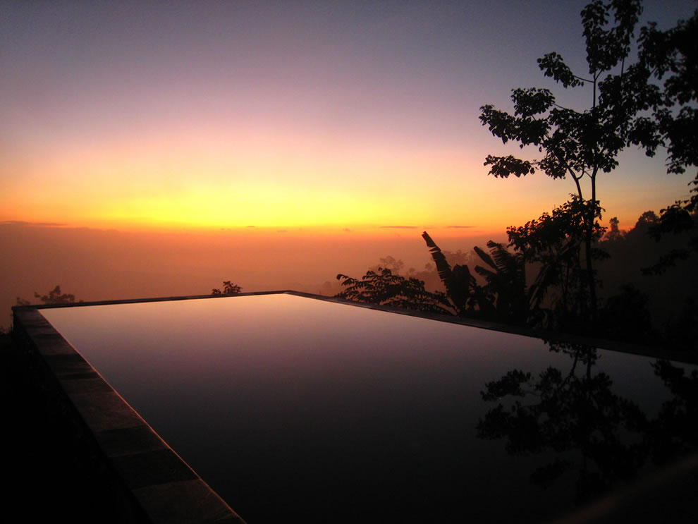 Dr Sous 30 Incredible Infinity Pools