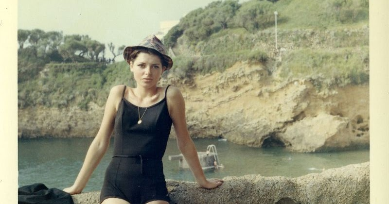 38 Color Snapshots Of Teenage Girls In Swimsuits From The 1960S  Vintage Everyday-5908