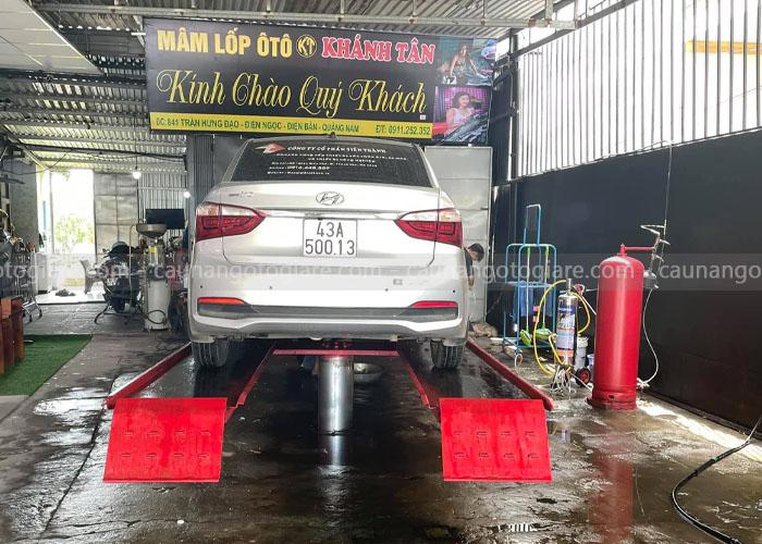 Cầu nâng 1 trụ rửa xe tại các tỉnh Miền Tây