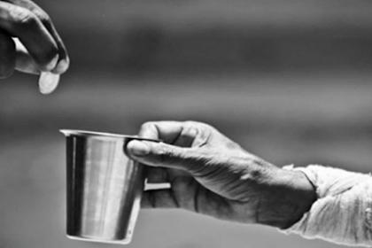 7 Manfaat Bersedekah Baik untuk diri sendiri maupun orang lain