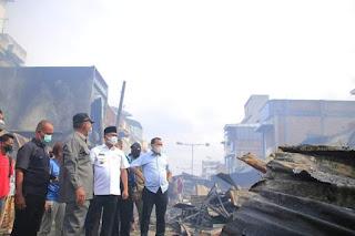 Diduga Korsleting Arus Pendek, Ratusan Kios di Pajak Lama Perbaungan Sergai Terbakar