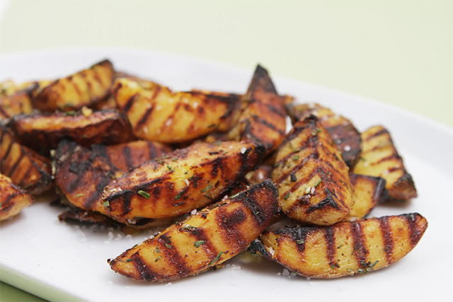 How to Grilled Rosemary Potatoes