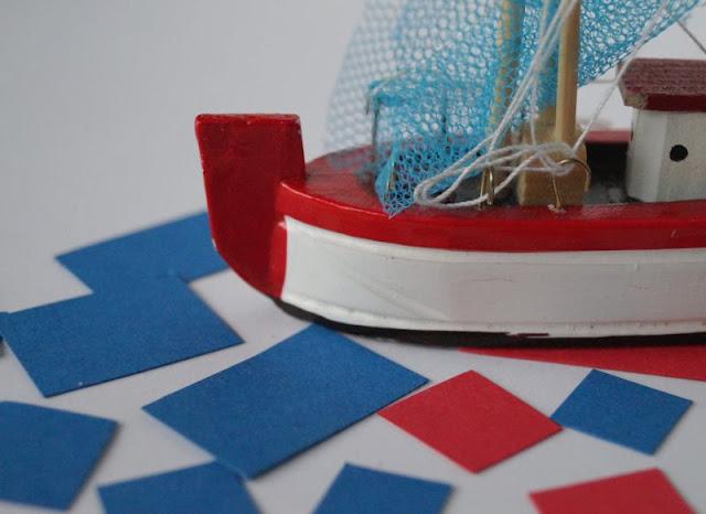 DIY: Kinderleicht Leuchttürme aus Klorollen basteln! Fenster und Türen des Leuchtturms schneidet Ihr aus den Resten des roten und blauen Tonpapiers aus.