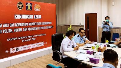 Kunjungi Imigrasi Mataram, Staf Ahli Menko Polhukam Bahas Soal Antisipasi Penguasaan Asing di Indonesia