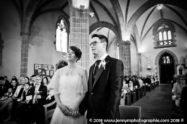 portraits des mariés, reportage à l'église, cérémonie religieuse