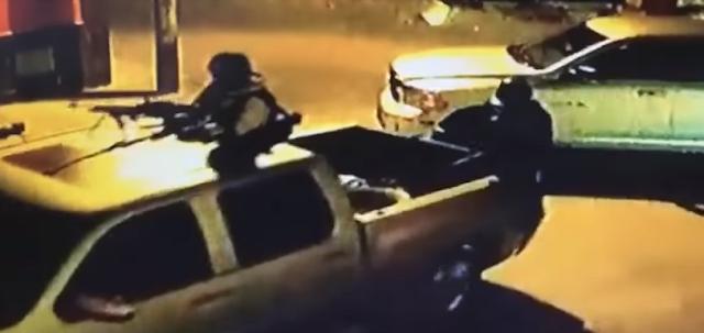 """VIDEO; Comando de """"La Línea"""" en caravana de camionetas de lujo repleta de sicarios con ametralladoras toma poblado de Carichí Chihuahua levanta  a padre de líder de La Gente Nueva"""