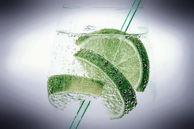 Lemon water,  lemonade, lemon and water, Benefits of lemon water, Benefits of lemon, shikhanji, warm lemon water