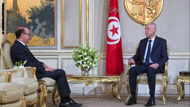 الرئيس التونسي يكلف وزير المالية السابق بتشكيل الحكومة