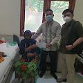 Perhimpunan Dokter Umum Indonesia (PDUI) Komisariat Inhil Berikan Santunan Kepada Siti Mardiah