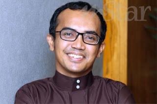 Muntah 30 Kali Sehari, Ezad Lazim Dimasukkan Ke Hospital