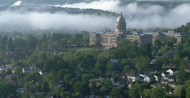 Frankfort Vacation Packages, Flight and Hotel Deals