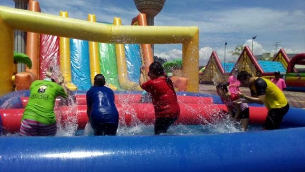 A2A FIRST MY MERDEKA WATER INFLATABLE CHALLENGE