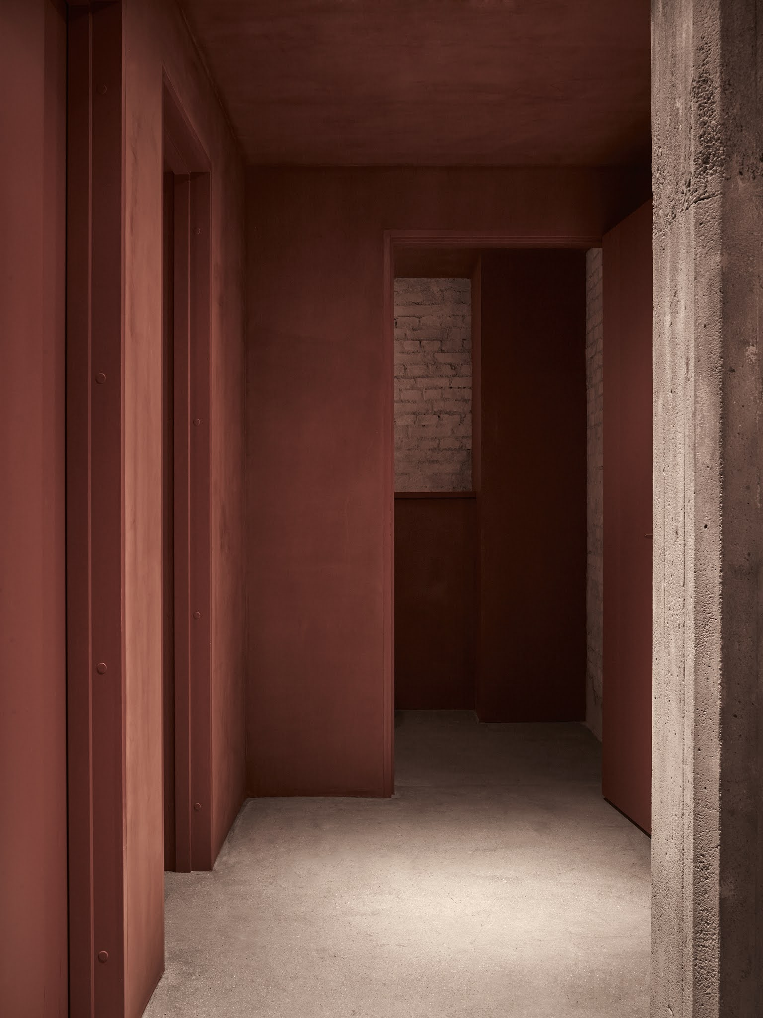 ilaria fatone - un couloir en terracotta