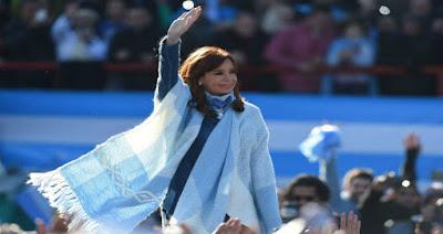 Córdoba: nuevo sondeo arroja que Cristina Fernández de Kirchner supera por 3 puntos a Mauricio Macri en la provincia