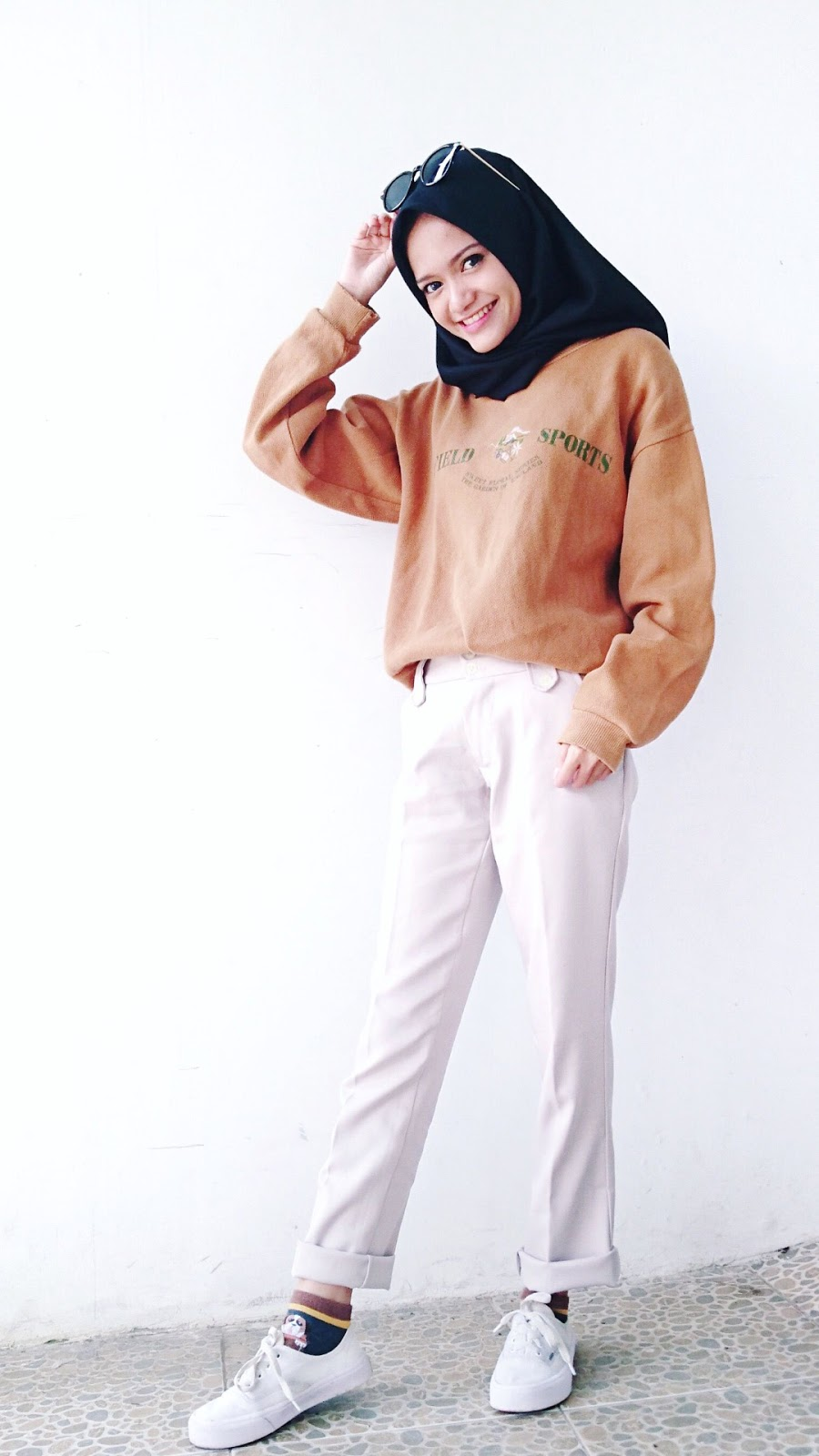 wallpaper hijab keren senym indah cewek tomboy dan imut