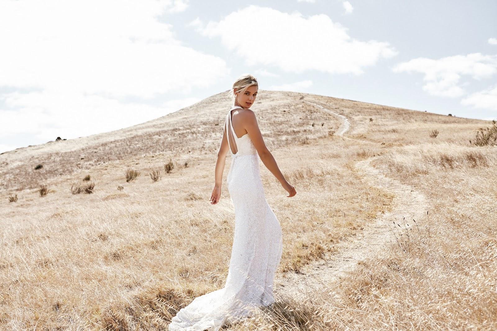 BRIDAL: KAREN WILLIS HOLMES | LUXE BRIDAL GOWN COLLECTION 2019