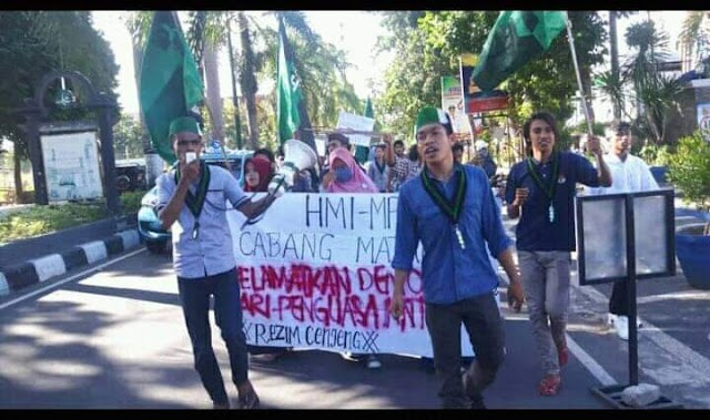Gelar Aksi Damai dan Sholat Gaib, HMI MPO Minta Polisi Bertindak Profesional