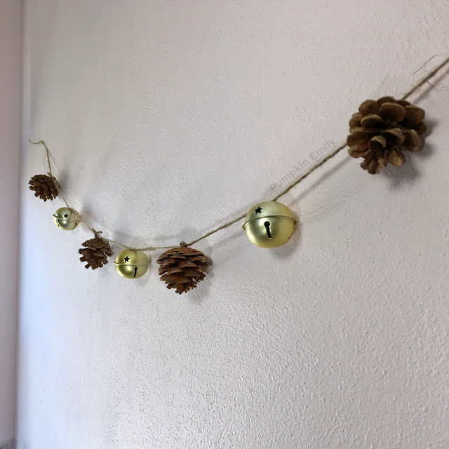Bell and pinecone garland