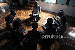 suku Rohingya mayoritas muslim