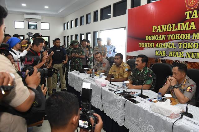 Panglima TNI Tatap Muka dengan Tokoh-Tokoh Papua