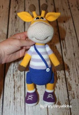 Вязаная игрушка жираф крючком