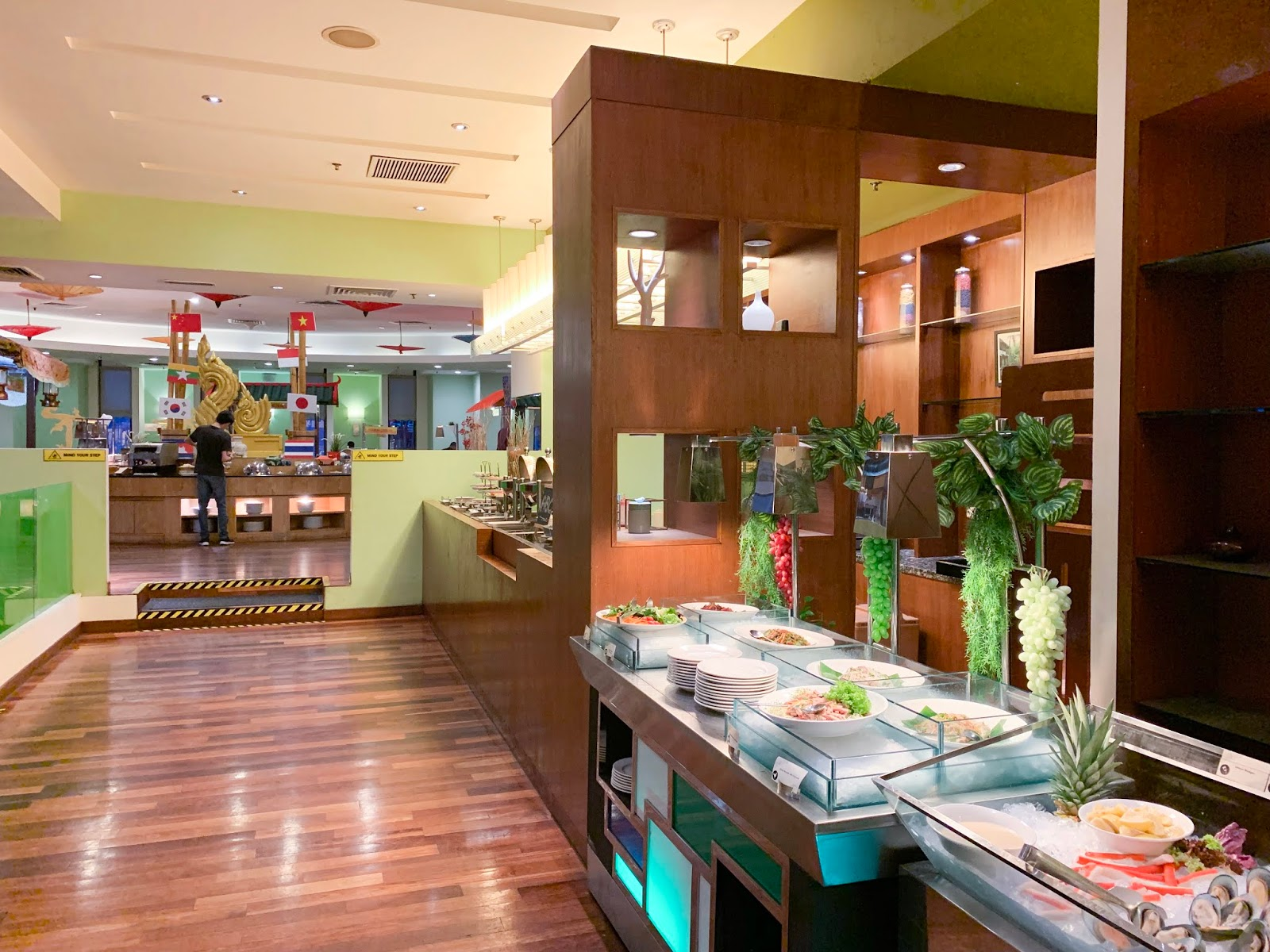 Peachy Big Apple Restaurant Berjaya Times Square Hotel Kuala Interior Design Ideas Ghosoteloinfo