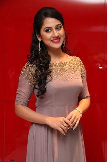 Mia George Looks Beautiful at Yaman Movie Audio Launch Pics 024.jpg