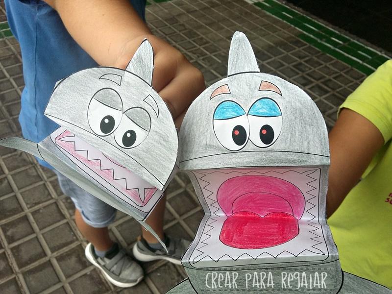 marionetas de papel tiburones