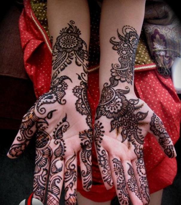 Black Henna Designs: Mehndi 360: Black Henna Designs