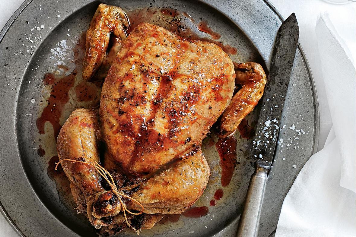 طريقة عمل الدجاج المحشي على الطريقة العربية
