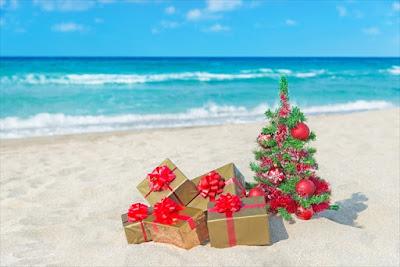 cadeaux de Noël au bord de l'eau