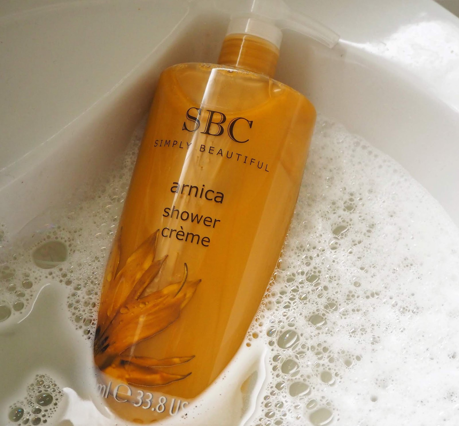 Arnica shower creme swatch