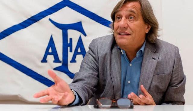"""""""River está trabajando muy bien"""", respaldó Villani, médico de la AFA"""