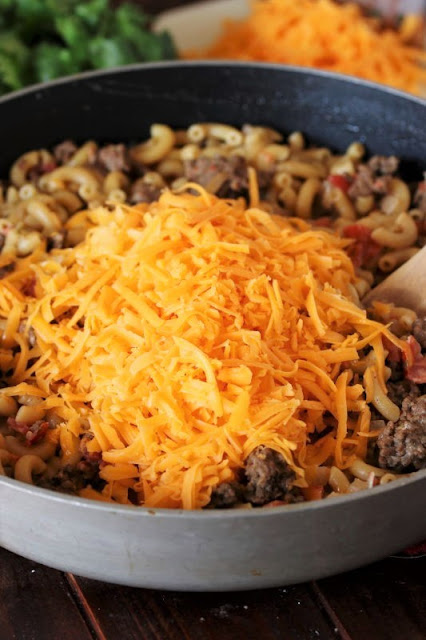 How to Make Chili Cheese Mac Image