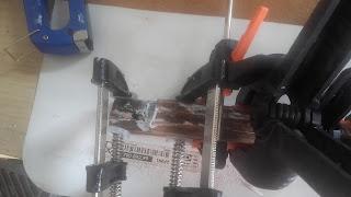 jak naprawić połamane części mebli