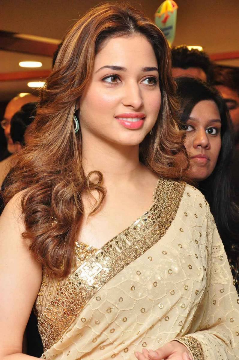 Tamanna Latest Photos In White Saree