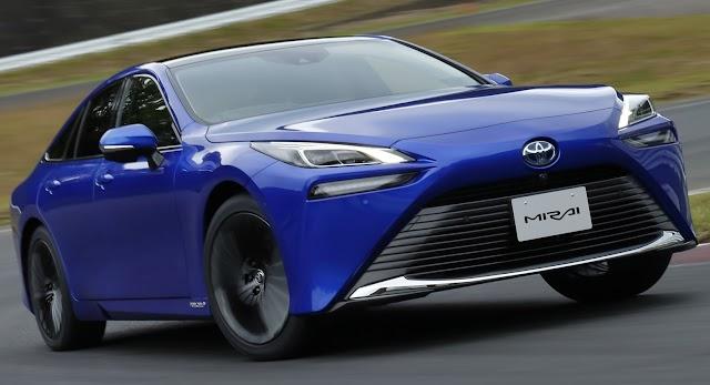 Toyota havayı temizleyen otomobili de üretti